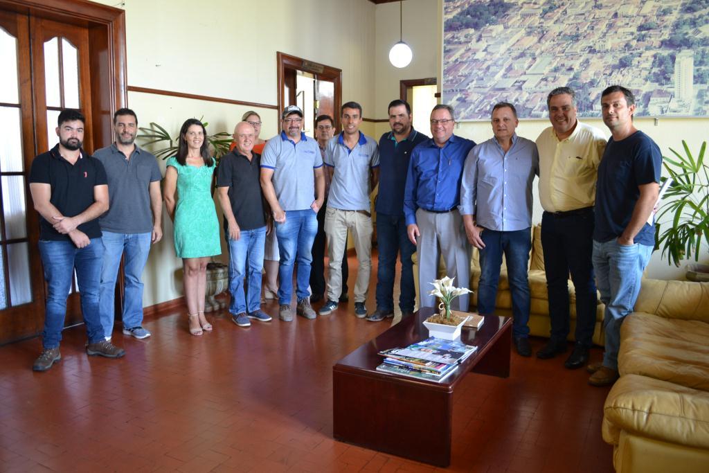 https://www.jornalacomarca.com.br/wp-content/uploads/2019/12/Empresas-permissão-de-uso-1.jpg