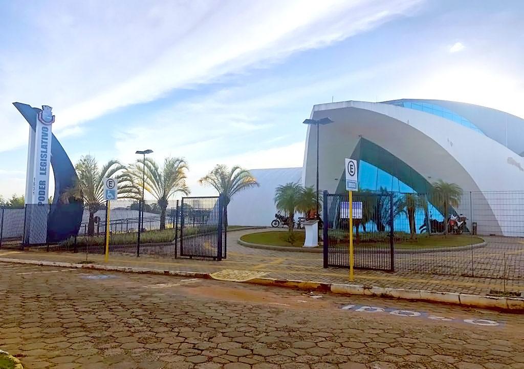 https://www.jornalacomarca.com.br/wp-content/uploads/2019/12/Fachada-da-Câmara-2-1024x720.jpg