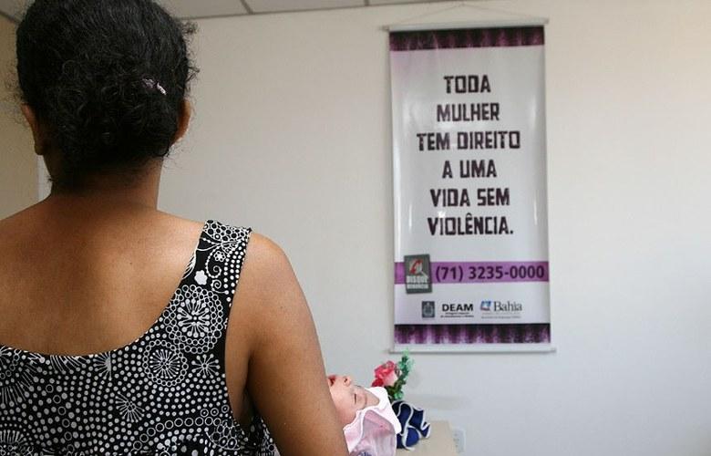 https://www.jornalacomarca.com.br/wp-content/uploads/2019/12/Violência-contra-a-mulher.jpg