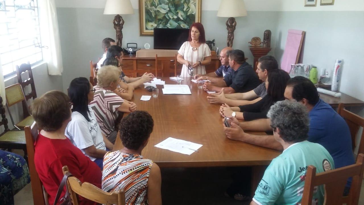 https://www.jornalacomarca.com.br/wp-content/uploads/2020/01/Diretoria-APAE-2.jpg