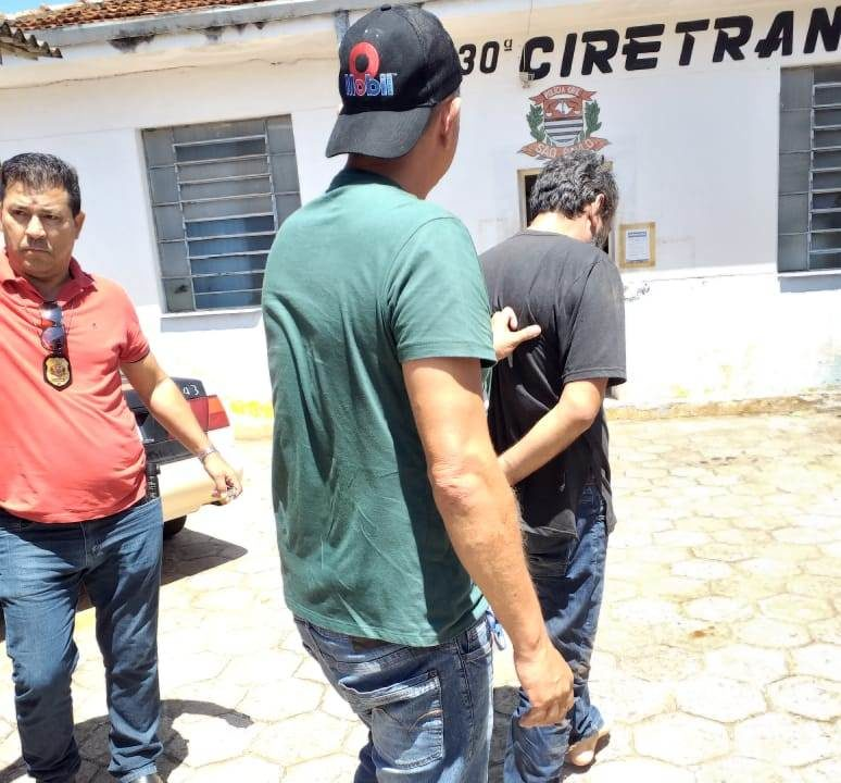 https://www.jornalacomarca.com.br/wp-content/uploads/2020/01/prisãoassassino-774x720.jpg