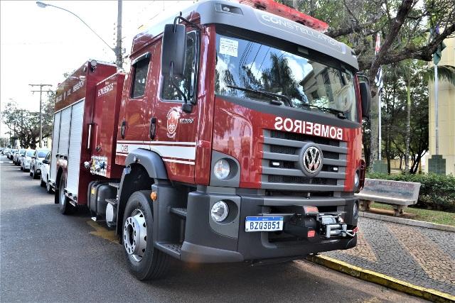 https://www.jornalacomarca.com.br/wp-content/uploads/2020/06/Novo-caminhão-Bombeiros-4.jpg
