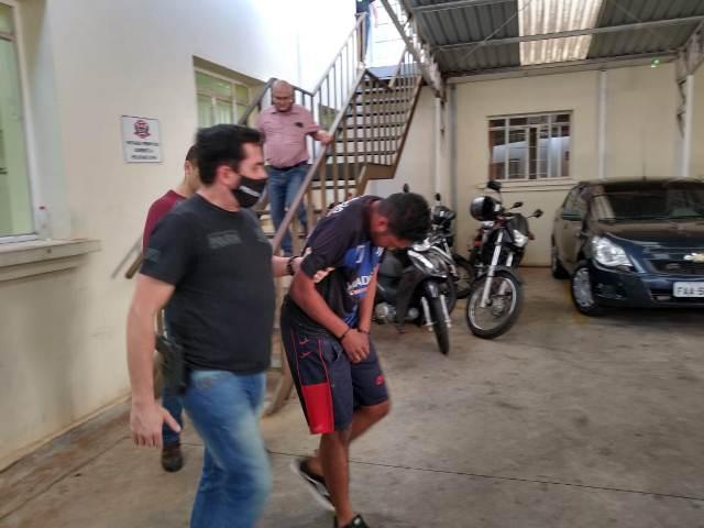 https://www.jornalacomarca.com.br/wp-content/uploads/2020/09/estuprador-preso-3.jpg
