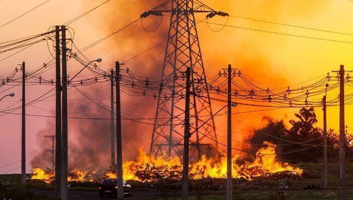 https://www.jornalacomarca.com.br/wp-content/uploads/2020/09/rede-eletrica-queimadas.jpg