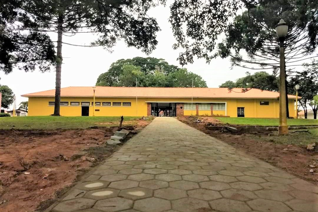 https://www.jornalacomarca.com.br/wp-content/uploads/2020/10/BIBLIOTECA-1080x720.jpg