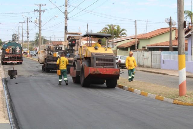 https://www.jornalacomarca.com.br/wp-content/uploads/2021/01/Recapeamento-Avenida-Joao-Victor-de-Maria-1.jpg