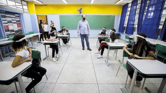 https://www.jornalacomarca.com.br/wp-content/uploads/2021/01/retorno-aulas-estadual-correio-paulista.png
