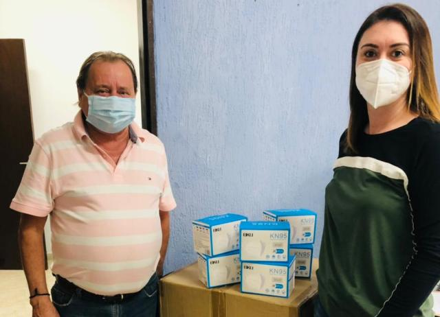 https://www.jornalacomarca.com.br/wp-content/uploads/2021/04/Saude-doacao-de-mascaras.jpg