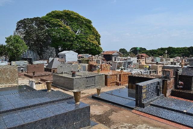 https://www.jornalacomarca.com.br/wp-content/uploads/2021/06/CEMITERIO-AVARE-2.jpg
