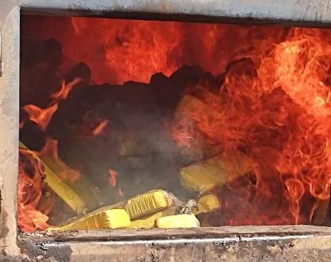 https://www.jornalacomarca.com.br/wp-content/uploads/2021/06/drogas-incineradas-4.jpg